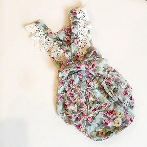 Other - •kids• NWOT Floral Romper